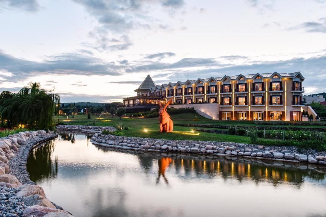 HOTEL CAELİ'DE BAĞ BOZUMU DENEYİMİ